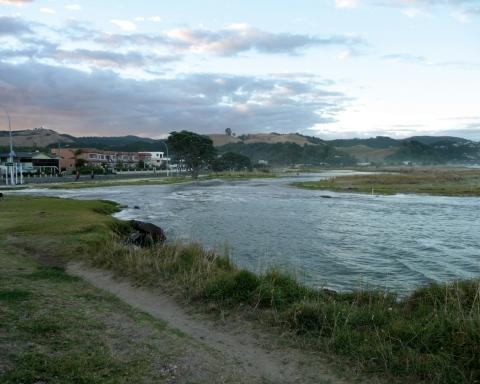 nov17_king-tide-whitianga-february-2014